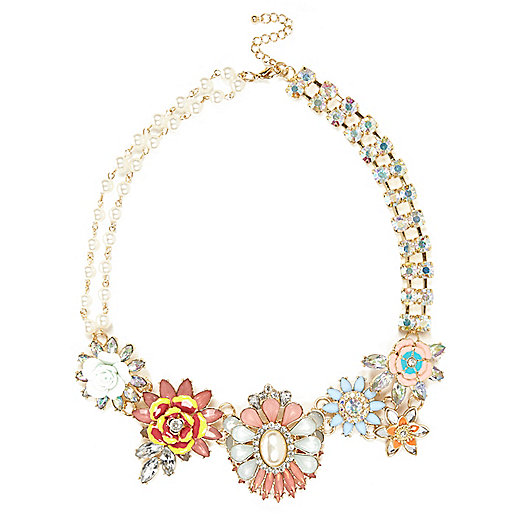 Light pink clustered flower necklace