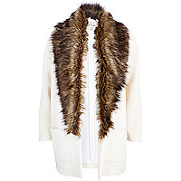 Cream square quilted faux fur collar jacket