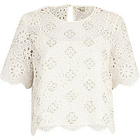 White burnout flower embellished front top