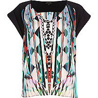 Black kaleidoscope print V neck t-shirt