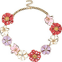Pink clusted flower necklace