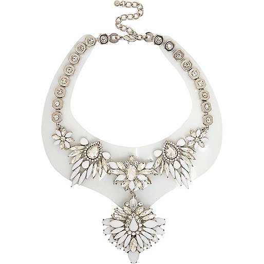 White jelly statement necklace