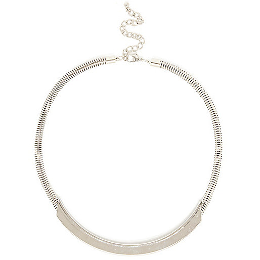 Silver tone slinky bar necklace