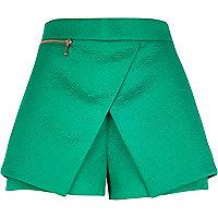 Green embossed smart skort