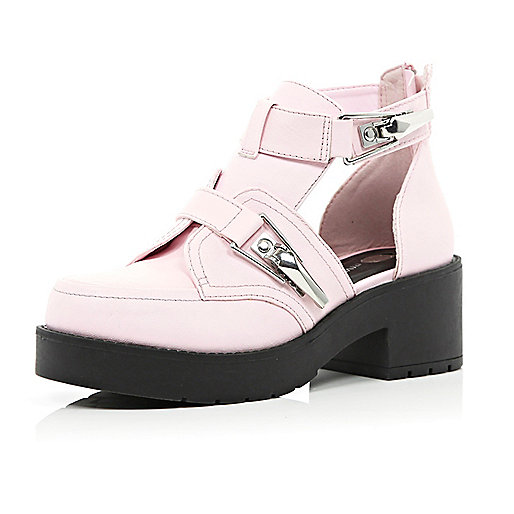 Pink chunky buckle cut out boots