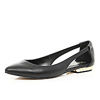 Black cut out pointed ballet pumps