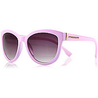 Light purple oversized sunglasses