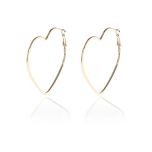 Gold tone heart hoop earrings