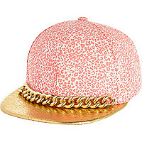Pink leopard chain trim trucker hat
