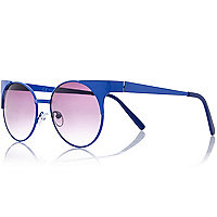 Blue winged round sunglasses