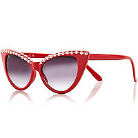 Red faux pearl embellished cat eye sunglasses