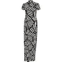 Black Chelsea Girl geometric split maxi dress