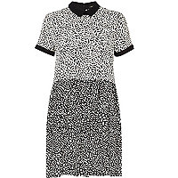 Black and white mixed print smock dress