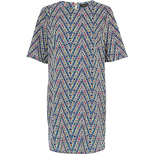 Blue zig zag print t-shirt dress