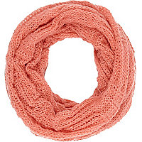 Coral loose knit snood
