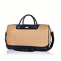 Beige square quilted weekend bag