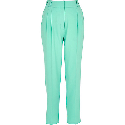 Green slim cigarette pants