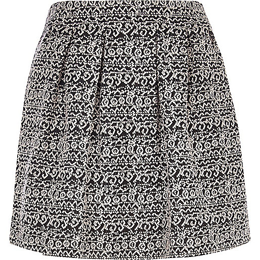 Black and white jacquard full mini skirt