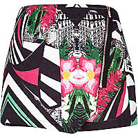 Black abstract print skort