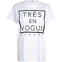 White tres en vogue madame oversized t-shirt