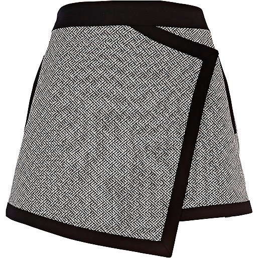 Black monochrome jacquard smart skort