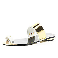 White metal trim toe loop sandals