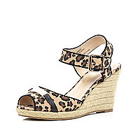 Brown leopard print two-part raffia wedges
