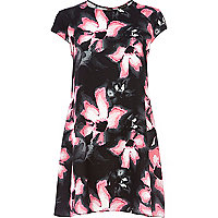 Black lily print swing dress