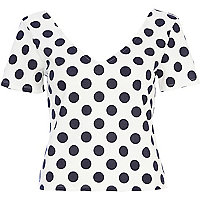 Cream polka dot print V neck t-shirt
