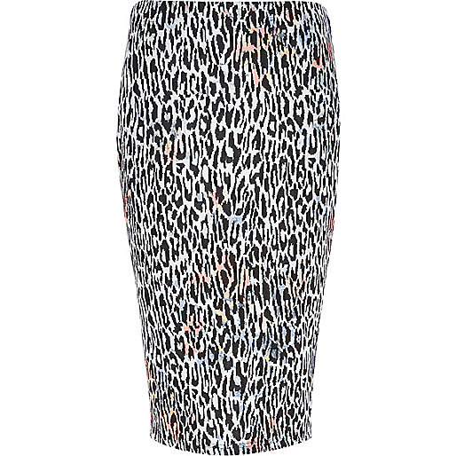 Black animal print textured tube skirt