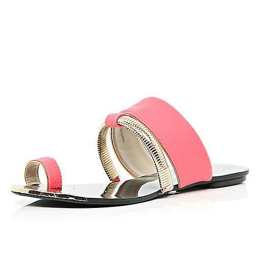 Bright coral slinky trim toe loop sandals