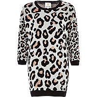 Cream graphic leopard print jumper