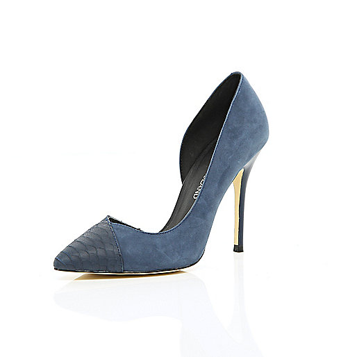 Navy asymmetric pointed court shoes