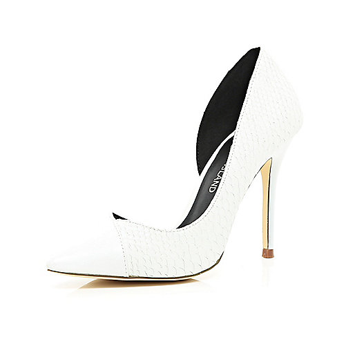 White asymmetric pointed court shoes