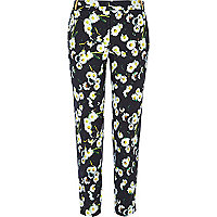 Black daisy print slim cigarette pants