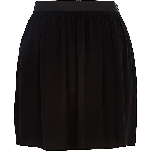 Black full mini skirt