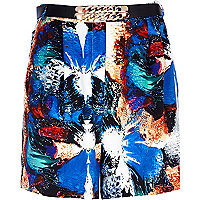 Blue splash print chain belt long shorts