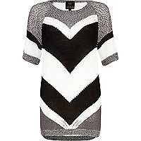 Grey chevron panel half sleeve jumper