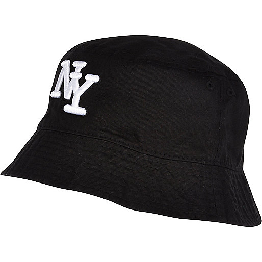 Black New York bucket hat