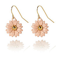 Light pink daisy drop earrings