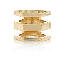 Gold tone triple row finger top ring