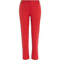 Red slim cigarette pants