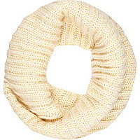 Cream chunky twist knit snood