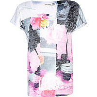 White burnout get lost in love print t-shirt