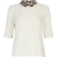 Cream contrast leopard collar half sleeve top