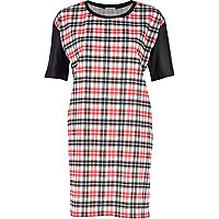 Red tartan contrast sleeve t-shirt dress