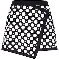 Black and white floral geometric skort