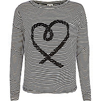 Black and white rope heart print t-shirt
