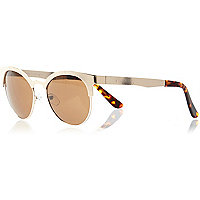 Gold tone cat eye retro sunglasses