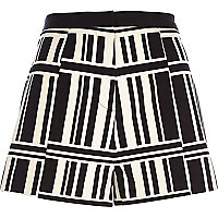 Black and white geometric stripe shorts